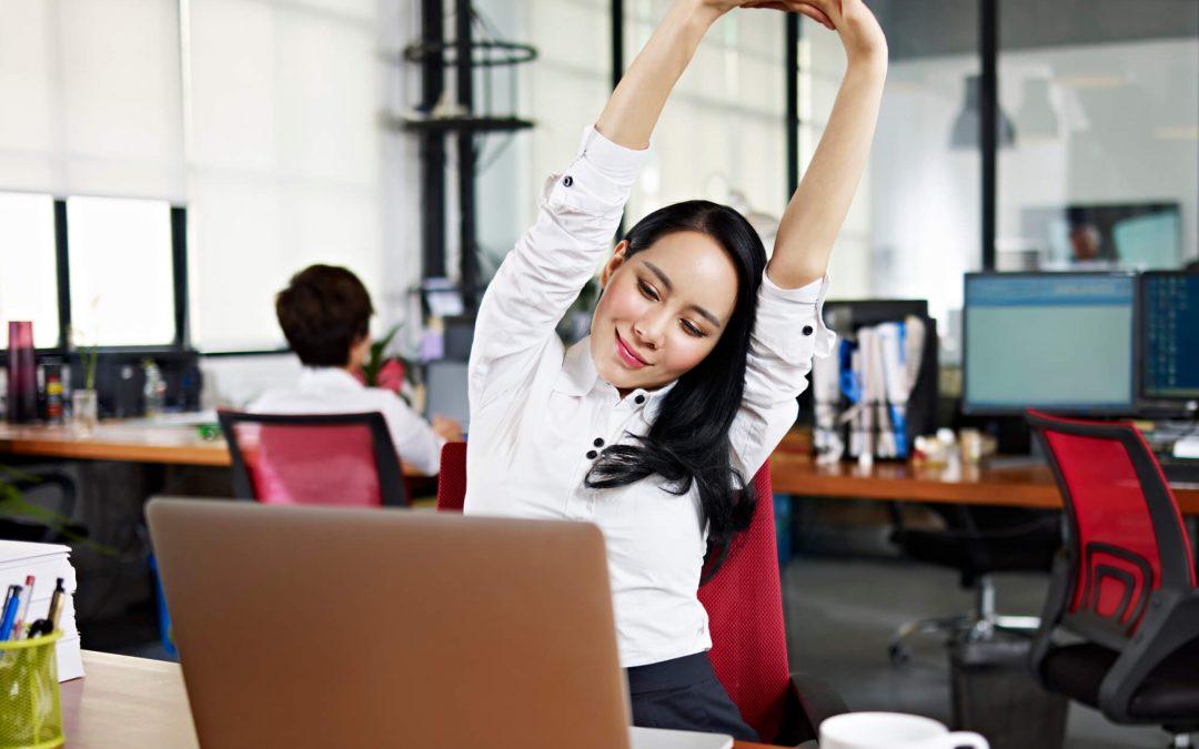 حتی پشت میز کارتان فعالیت ورزشی داشته باشید!
